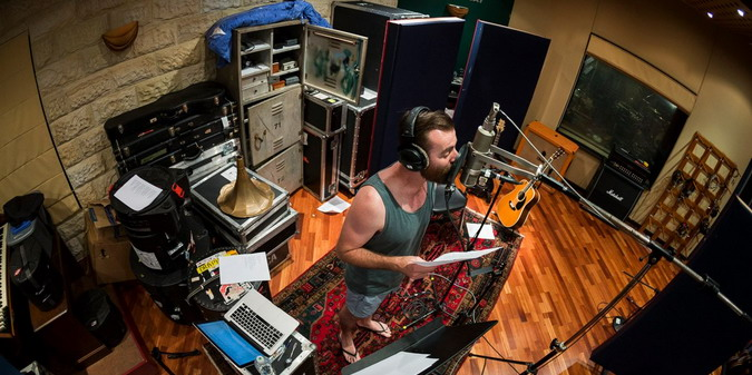 Ian-at-Karnivool-Album-3-Recording-Sessions