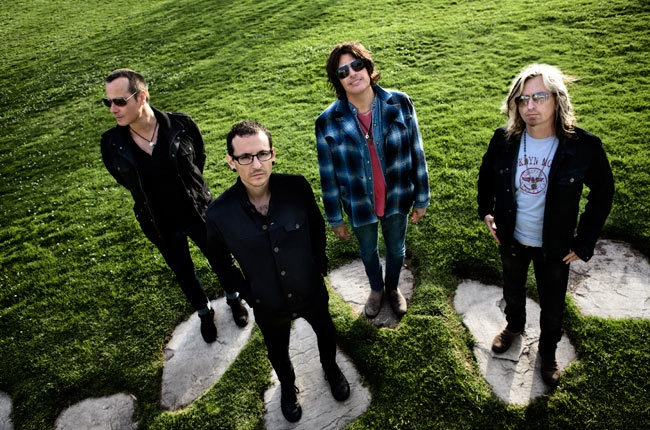 stone-temple-pilots-chester-650-430[1]