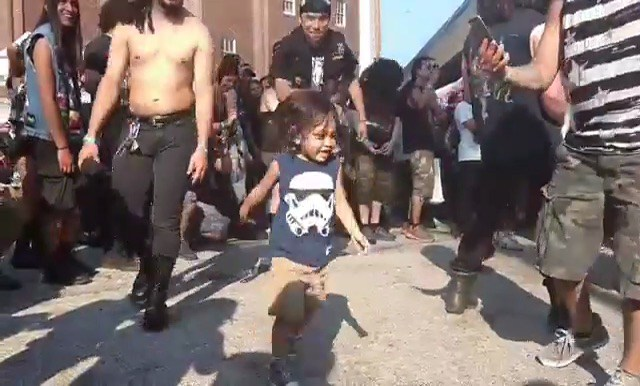 kid-in-the-pit[1]